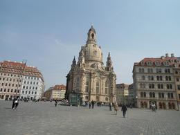 Belíssima praça na cidade de Dresden , Artur Ribeiro - April 2013
