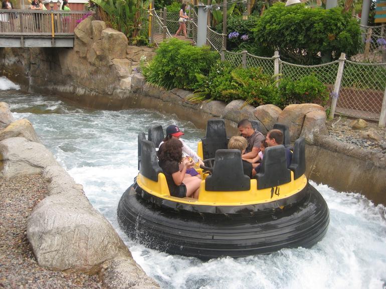 wet & wild fun - Anaheim & Buena Park
