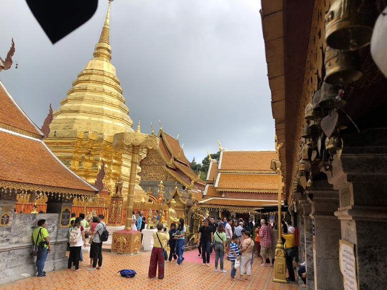 Chiang Mai City and Temples Half-Day Tour photo 12