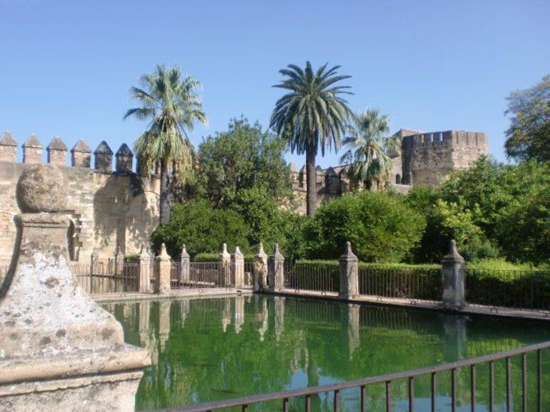 44894_1667819619759_1365385147_1749834_6436260_n.jpg - Andalucia