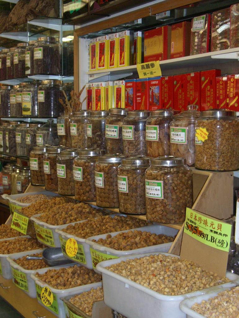 Dry goods store, Chinatown, San Francisco - San Francisco