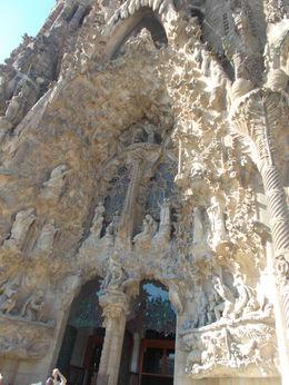 Gorgeous building in the heart of Barcelona , Miss Jevgenija G - December 2015