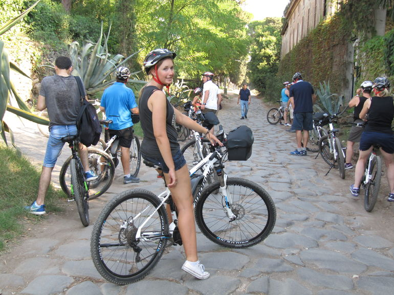 Ancient Appian Way, Catacombs and Roman Aqueducts Electric-Assist Bicycle Tour photo 27