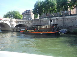 House boat on the Seine , Shawn S - July 2014