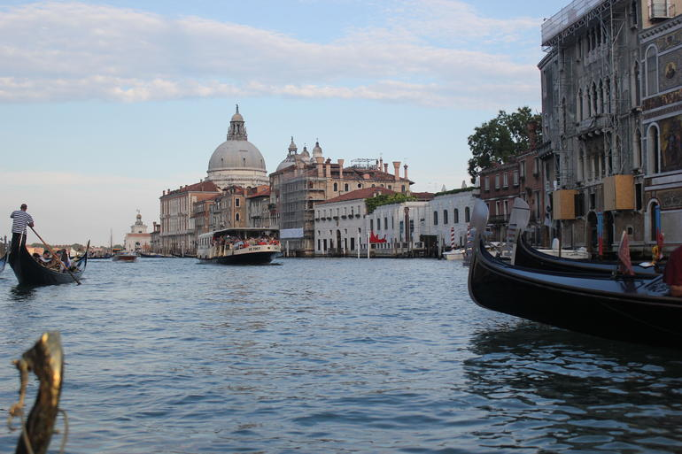 Venice Gondola Ride and Serenade with Dinner photo 8