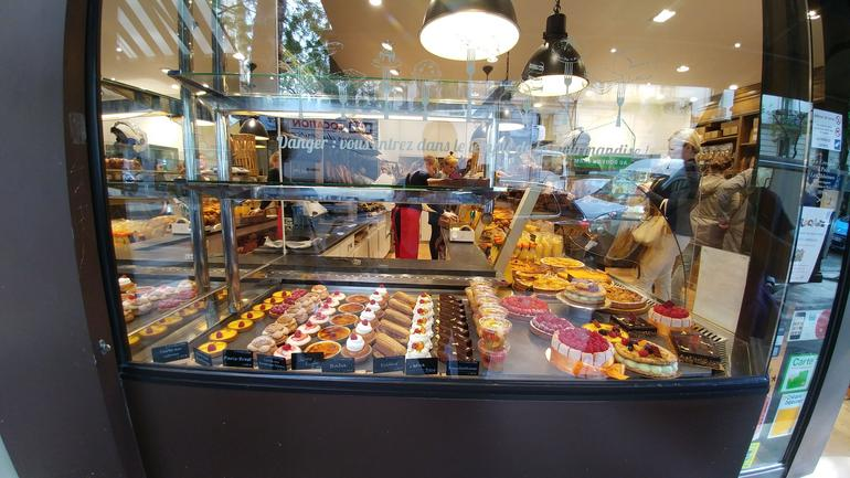 Behind the Scenes of a Boulangerie: French Bakery Tour in Paris photo 10