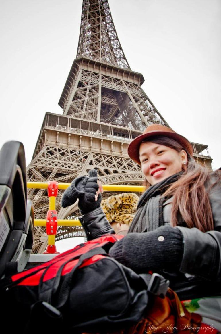 at Double Decker bus HOHO Paris Tour. - Paris