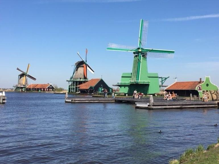 Small Group Zaanse Schans Windmills, Volendam and Old Villages Tour from Amsterdam Including Dutch Schnapps Tasting photo 17