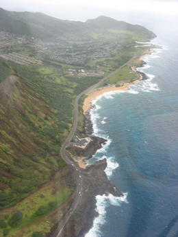 Flying above the waters and mountains on the Eastern shore of Oahu., Bandit - February 2011