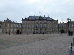 Vista de uno de los Palacios Reales en Copenhagen, Dinamarca , Luz M. P - June 2015