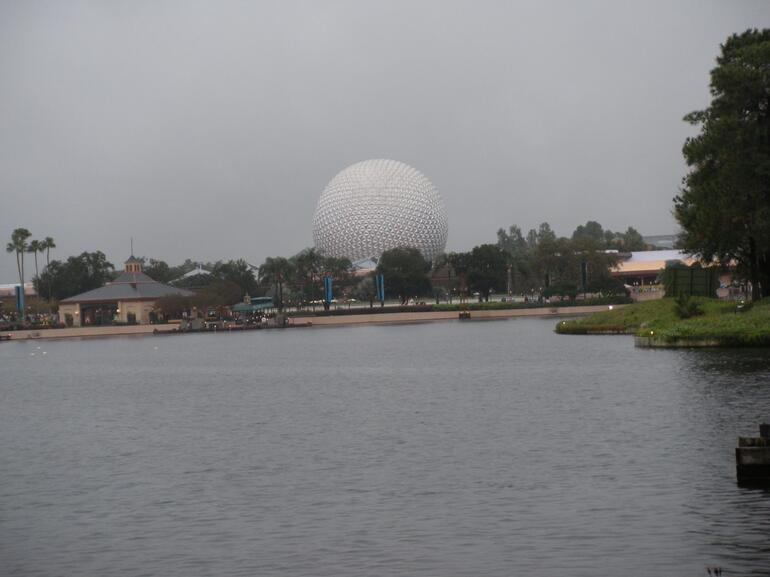 The globe from afar - Orlando