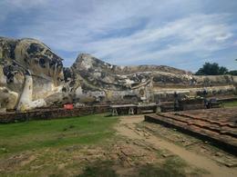 This is the huge Reclining Buddha , Betty K - November 2016