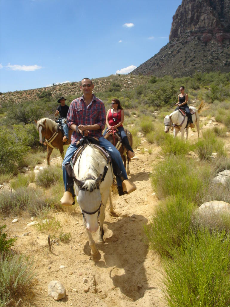 Morning Maverick Horseback Ride with Breakfast - Las Vegas