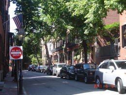 Quiet side streets, Beacon Hill - June 2011