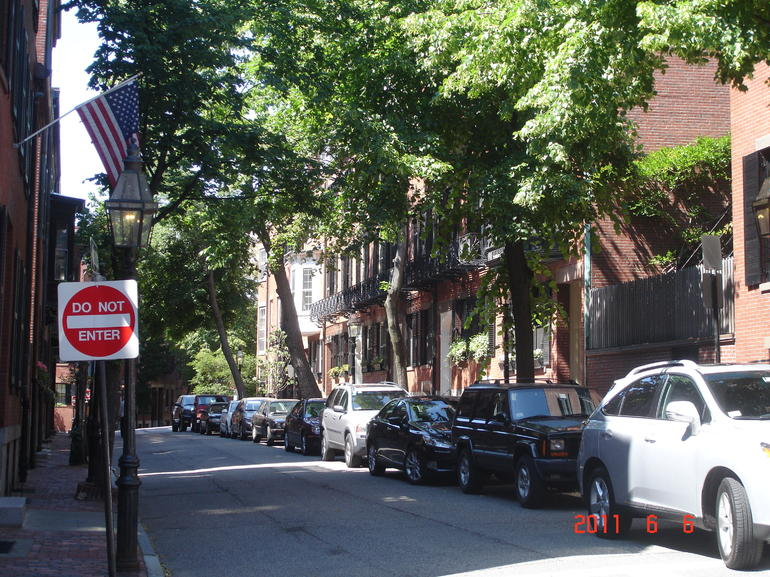 Quiet side streets, Beacon Hill - Boston