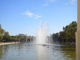 Huge fountain, Ester88 - July 2011