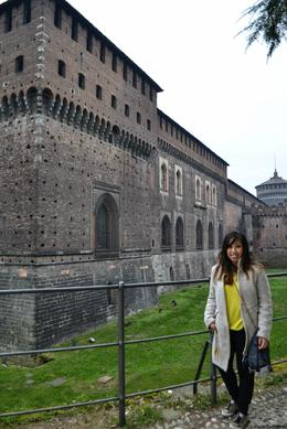 Milan Half-Day Tour - seeing the beautiful castle , Ma Gian Carla S - February 2014