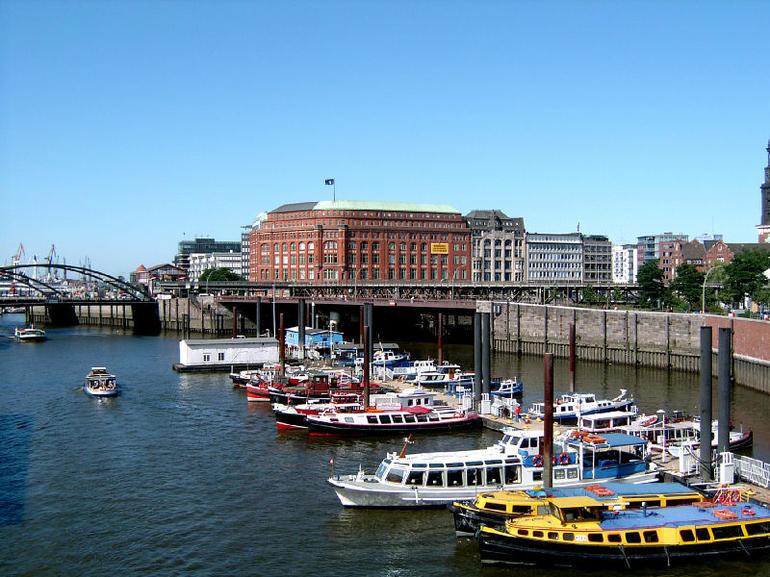 Hamburg Harbor - Hamburg