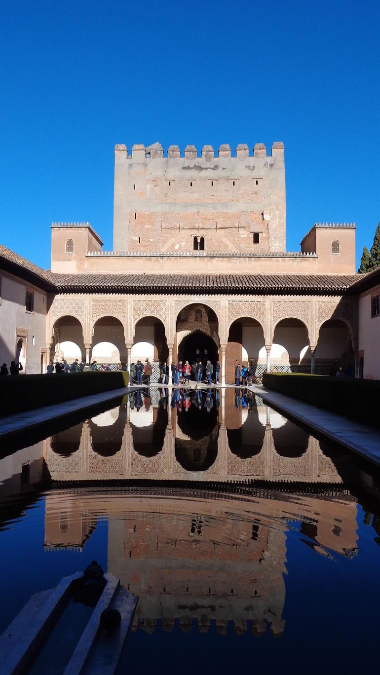 La Alhambra, Granada - Madrid