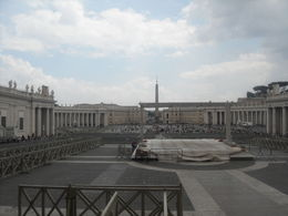 one of the tour highlights, the famous St peters square , denis c - May 2016