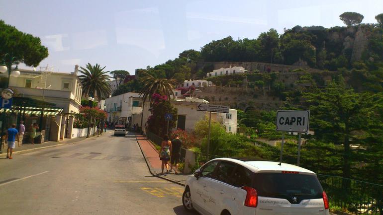 Touring Capri - Rome