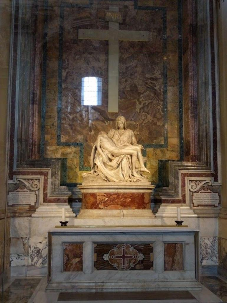 Fast Track - Vatican Museums, Sistine Chapel and St Peter's Basilica Tour photo 33