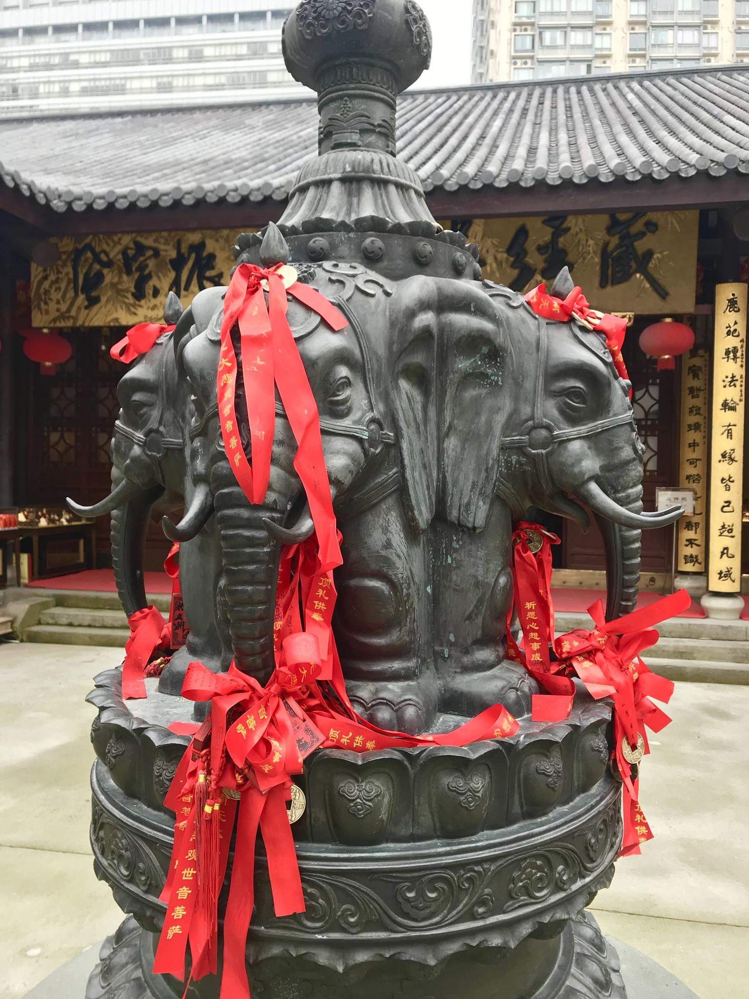 MÁS FOTOS, Best of Shanghai Day Tour, including Jade Buddha Temple & Bund & Yuyuan Garden