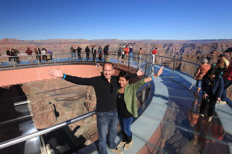 Amazing Skywalk view over the Grand Canyon - Las Vegas