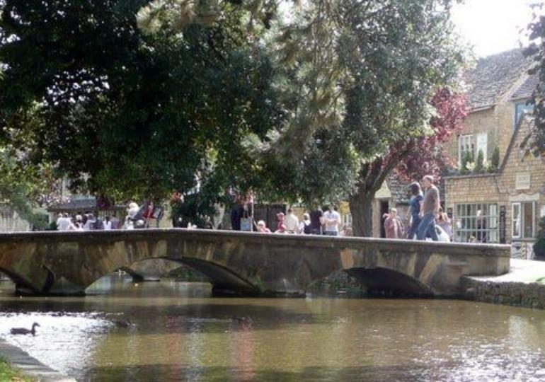 Bourton-on-the-water - London