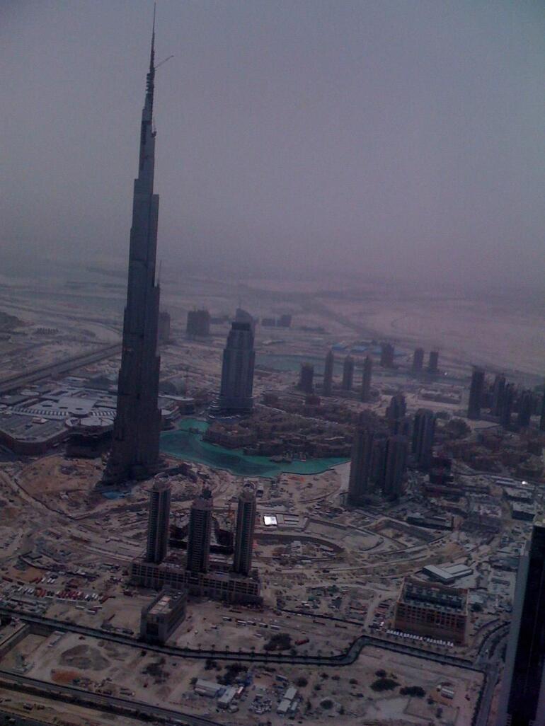 Tall spire - Dubai