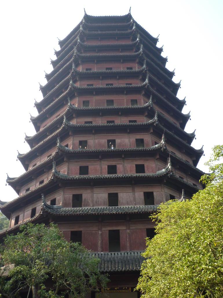 The Liuhe Pagoda Experience. - Hangzhou