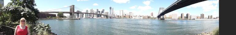 Manhattan skyline panorama - New York City