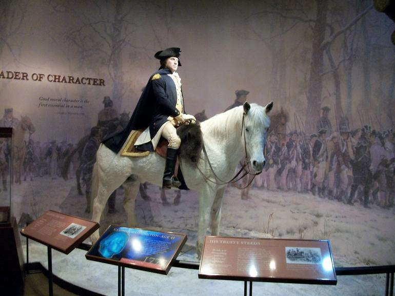 Wax figure of Washington 'on a slapping stallion' - Washington DC