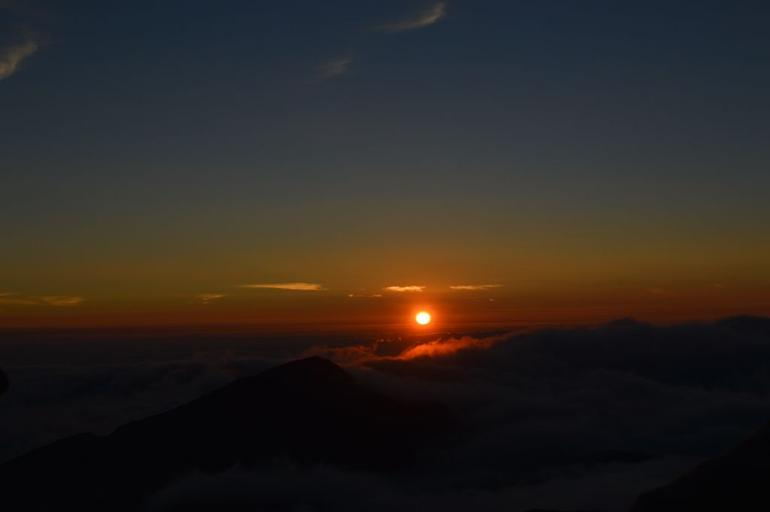 Haleakala Maui Sunrise Tour with Breakfast photo 14
