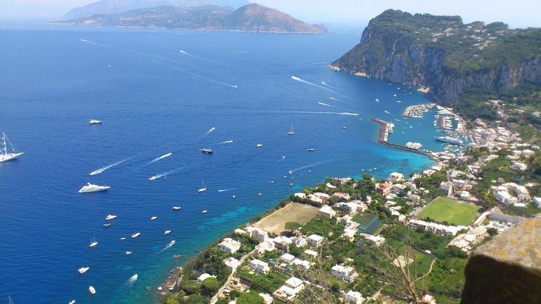 Island And Sea - Rome