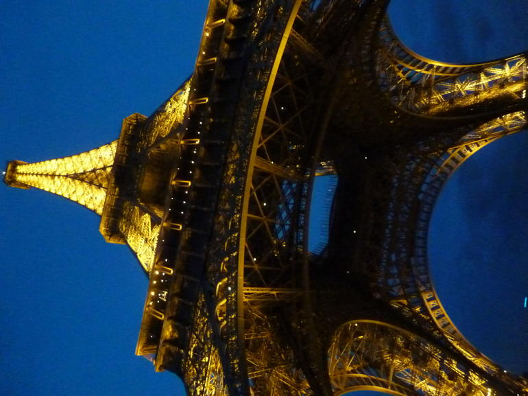 Skip the Line: Small-Group Eiffel Tower Sunset Tour photo 24
