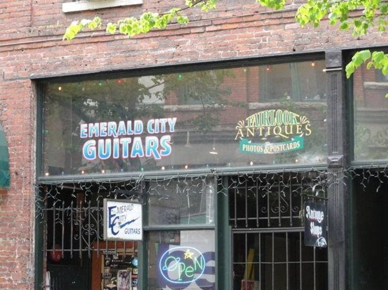 Emerald City Guitars - Seattle