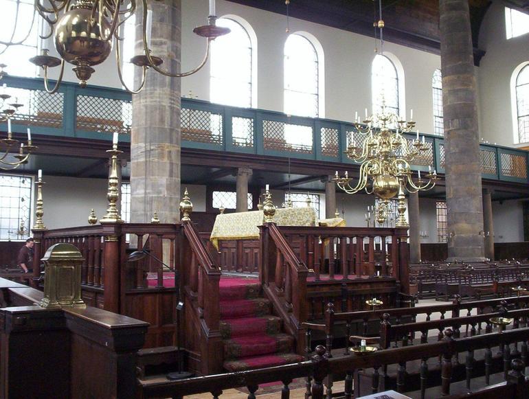 Esnoga: Portuguese Synagogue - Amsterdam