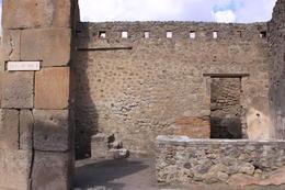 Pompeii storefront , Ralph - October 2012