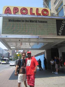 Chillin' at the Legendary Apollo. - August 2008