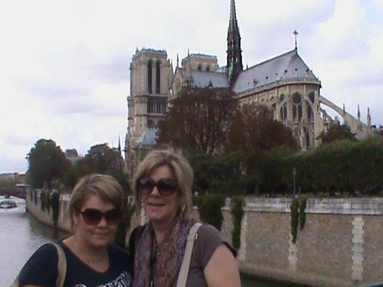 Mother & Daughter - Paris