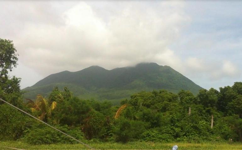 Nevis - St Kitts
