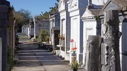 Lafayette Cemetery , Radhot - November 2017