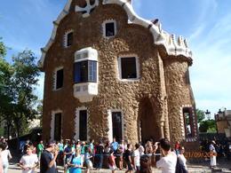 Barcelona staat vol met architectonische hoogstandjes van grote kunstenaars. , Ron B - September 2014