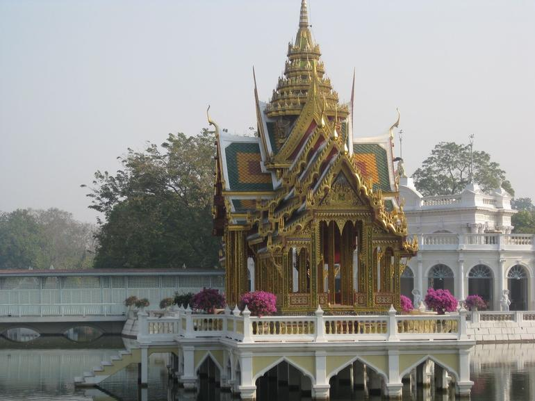 Shrine - Bangkok