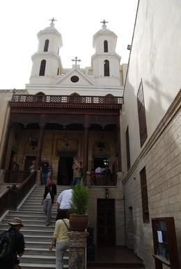 Up the steps, Mon B - April 2010