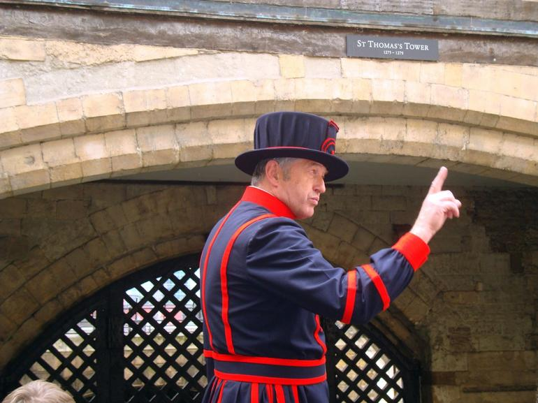 Tower of London Guide - London