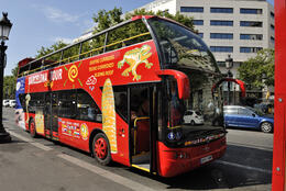 THE BEST TOURISTIC BUS EVER!!! , juliafrancesco - May 2012