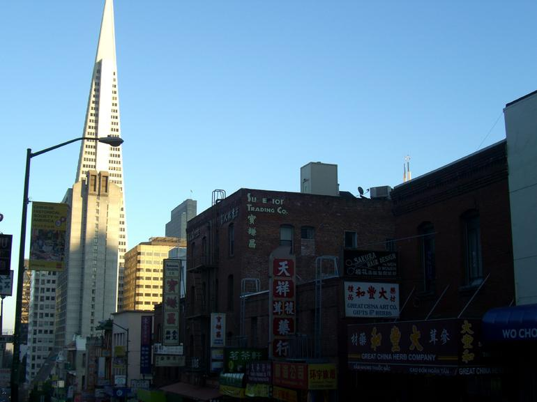 View of Transamerica building from street in Chinatown, SF - San Francisco