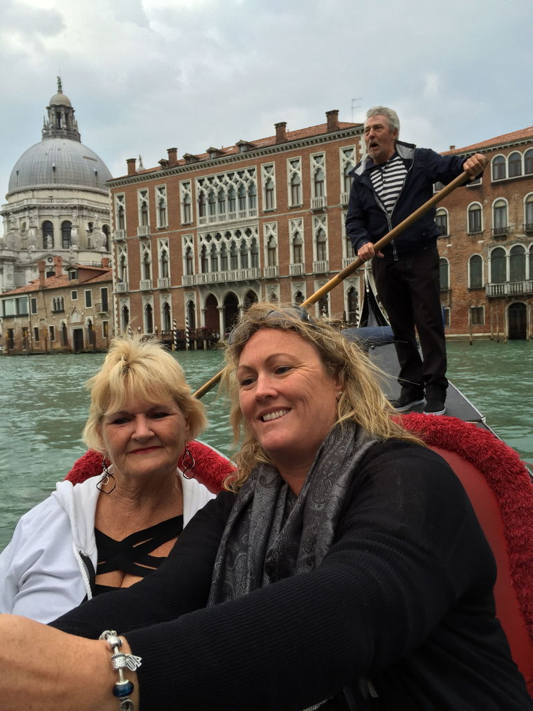 Venice Gondola Ride and Serenade with Dinner photo 28